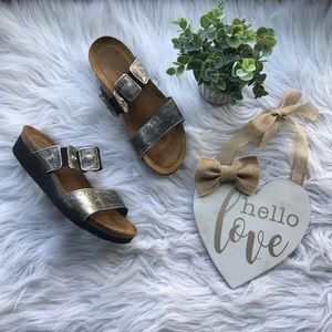 Naot Gold Metallic Jewel Comfort Strap Sandals 7